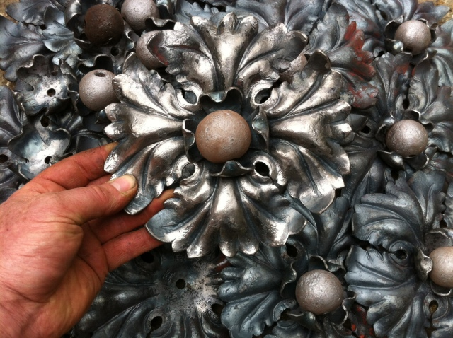 Reproduction Lantern Rosettes x 16, forged from pure Iron.